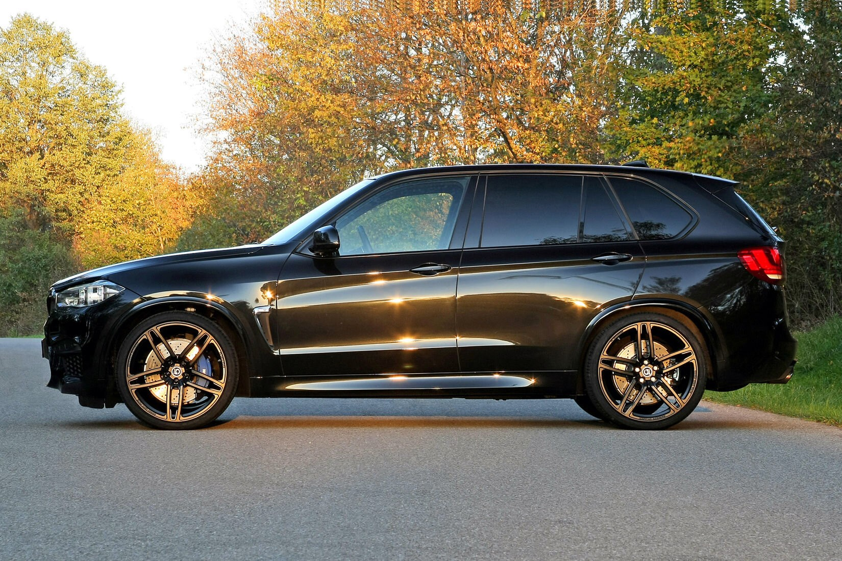 background - Monster-BMW X5: v úpravě od G-Power má výkon 750 koní