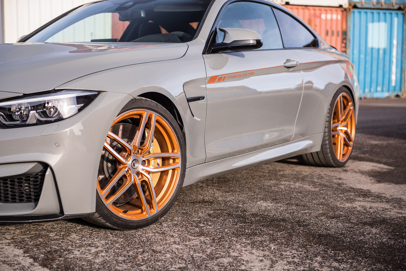 background - BMW M4 - Je libo G-Power?