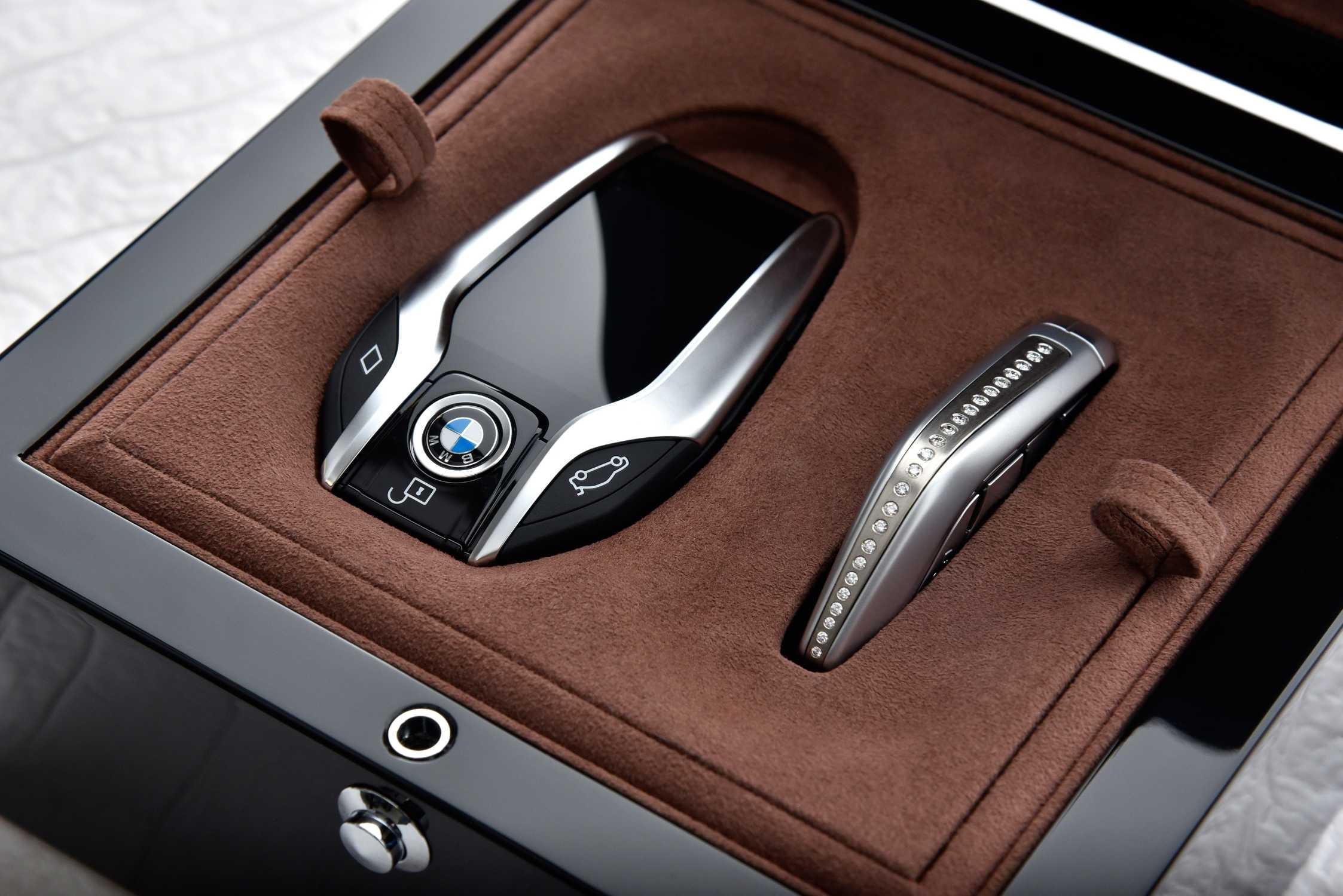 BMW 750Li xDrive Solitaire xDrive kľúč