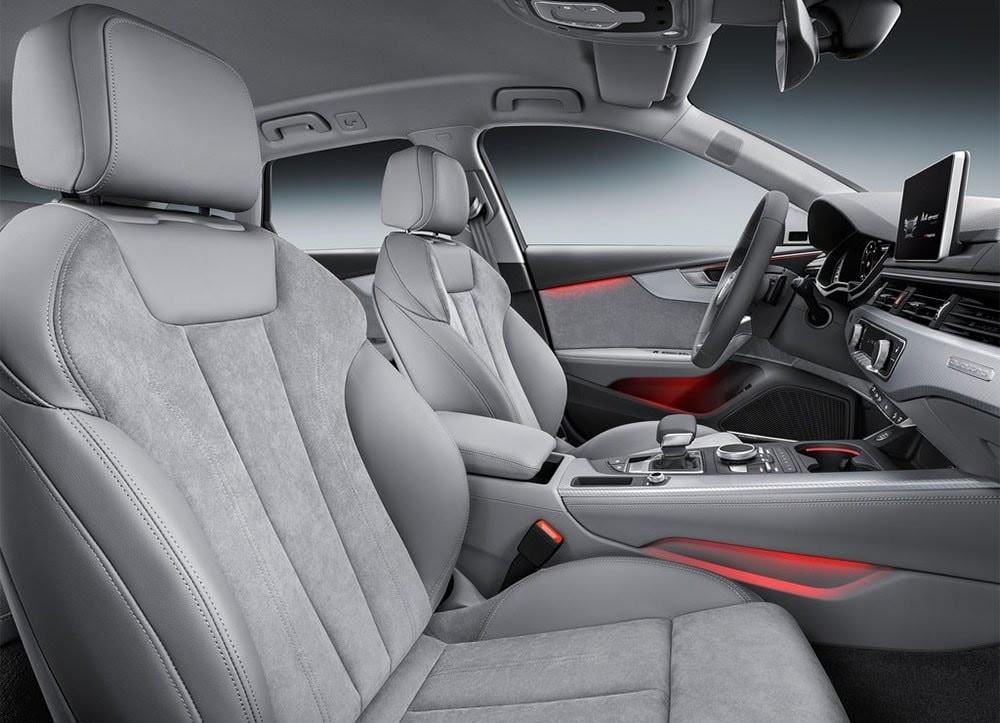 Audi A4 Allroad interiér