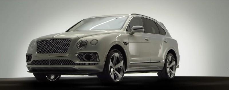 Vůz má na sobě designové prvky typické pro Bentley