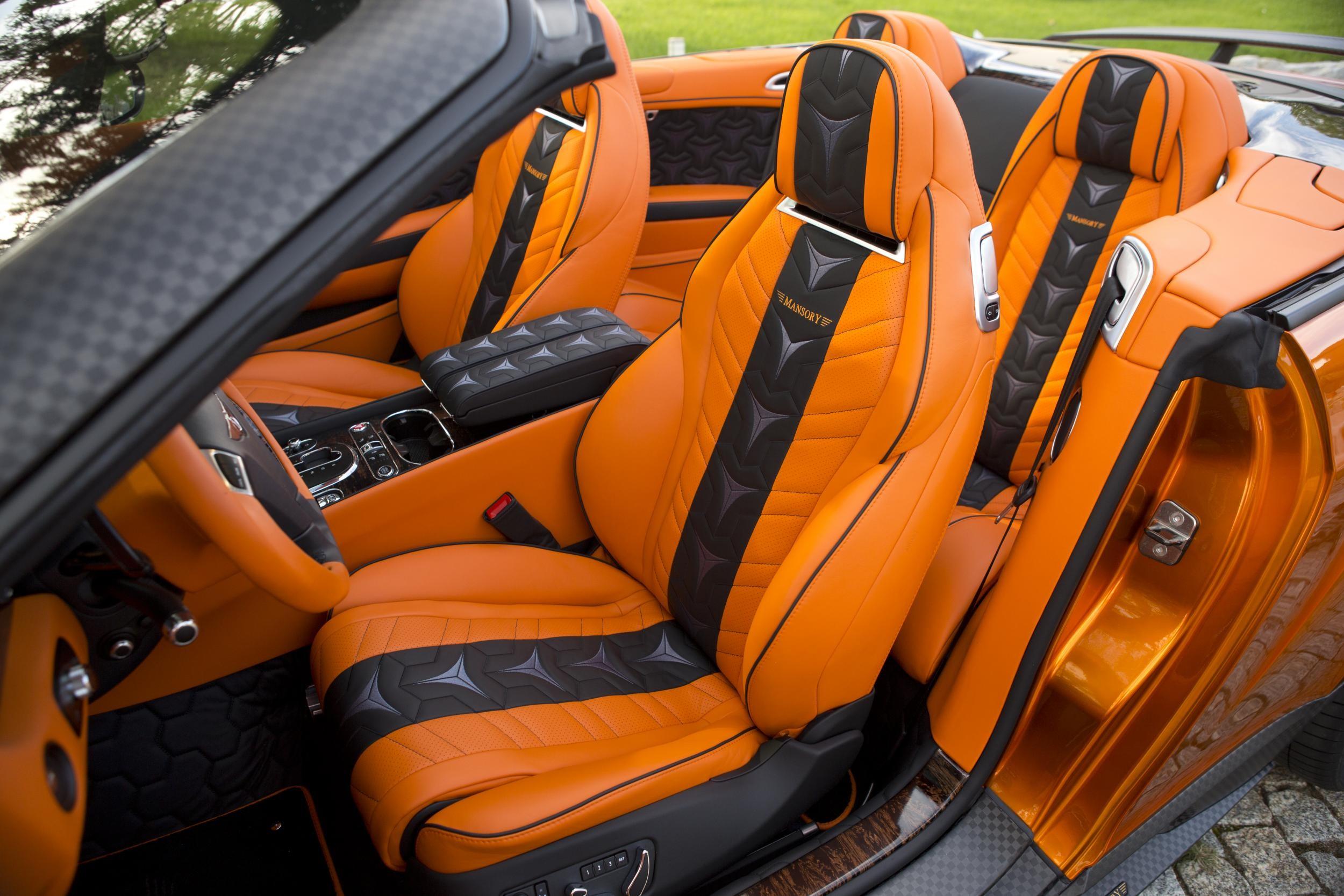 Mansory Continental GTC interiér