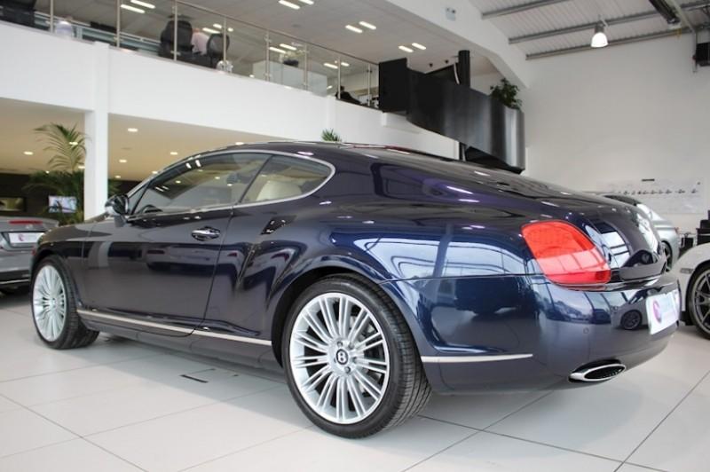 Ronaldovo Bentley Continental GT Speed