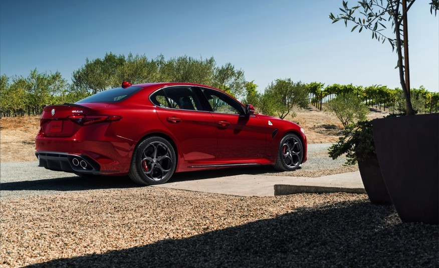 Alfa romeo giulietta veloce top speed 16