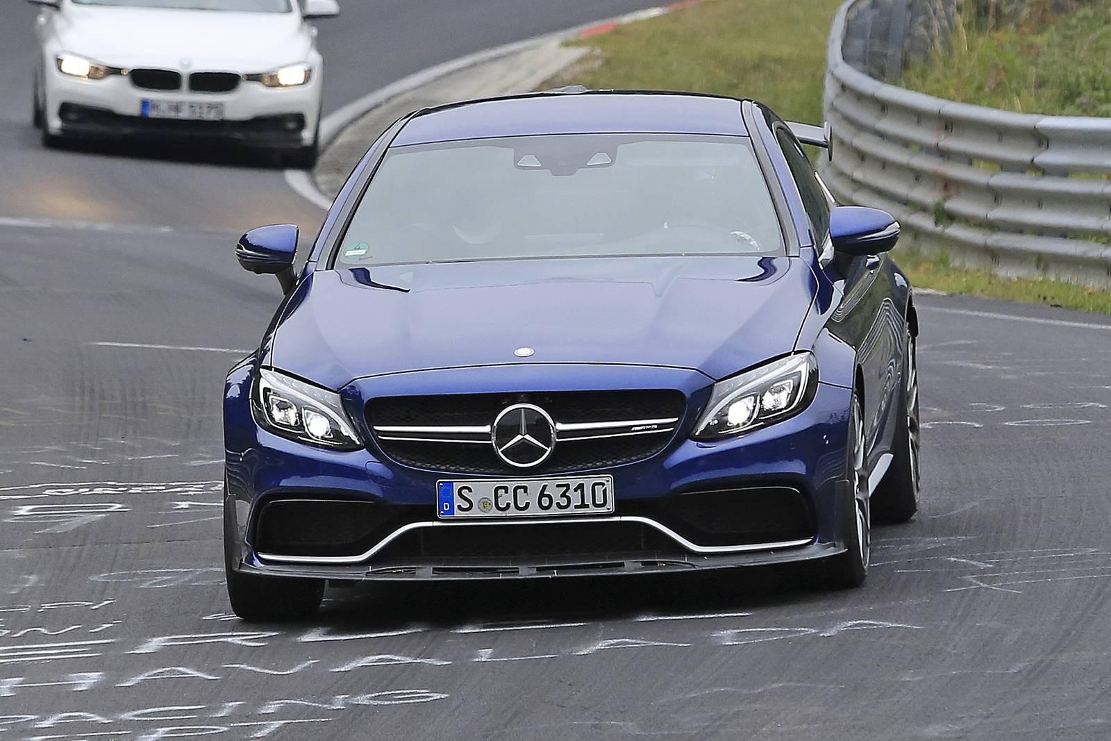 Mercedes-Benz C63 R